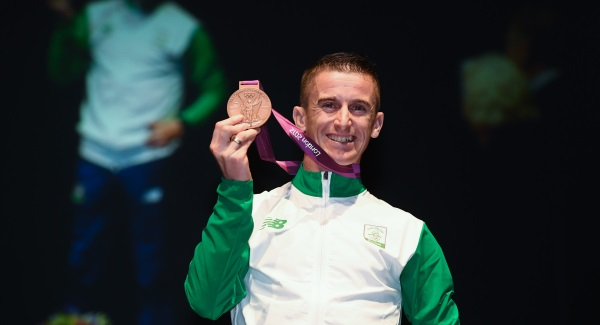 3 November 2016; Race walker Robert Heffernan is presented with the 2012 London Olympic Men's 50km Race Walk Bronze Medal at City Hall in Cork. A result of decisions in relation to six Russian athletes including racewalker Sergey Kirdyapkin who won the Gold Medal at the Olympic Games in London in 2012 smashing the 50km World Record Heffernan who finished fourth in the same race has been retrospectively awarded a Bronze following Kirdyapkin's disqualification. Photo by Stephen McCarthy/Sportsfile